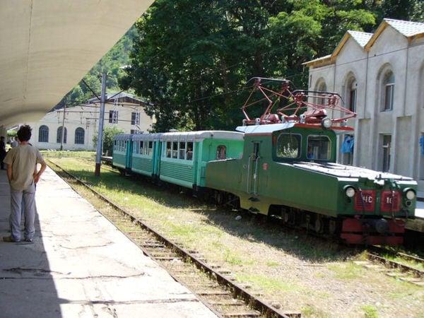 Старый поезд / Фото из Грузии