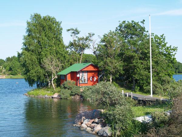 Домик на острове / Фото из Финляндии