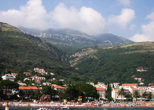 Петровац на море / Фото из Черногории