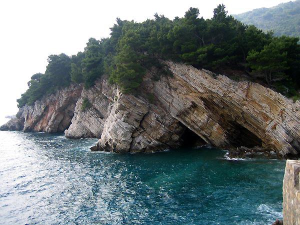 Скалы / Фото из Черногории