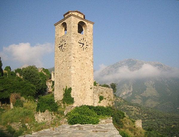 Башня с часами / Фото из Черногории