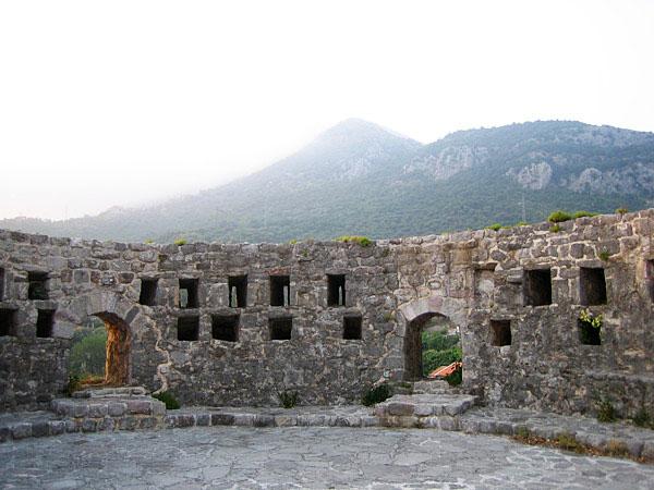 Главная башня / Фото из Черногории
