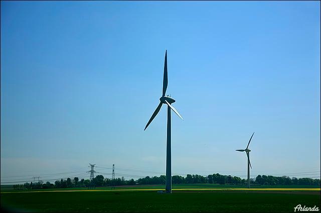 Ветряки / Фото из Франции