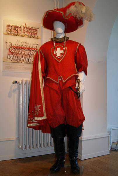 Настоящий швейцарский костюм / Фото из Швейцарии