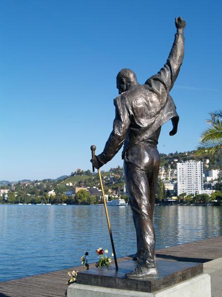 В Монтре увековечили память о Фредди Меркьюри / Фото из Швейцарии