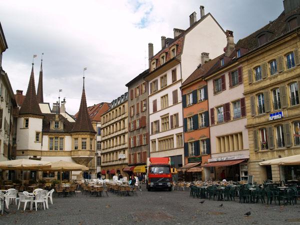 Торговая площадь Невшателя / Фото из Швейцарии