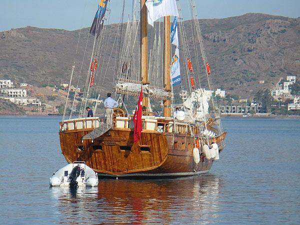 Наша лодка KYBELE / Фото из Турции