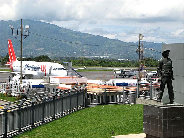 Аэропорт имени Хуана Сантамарии в Сан-Хосе / Фото из Коста-Рики