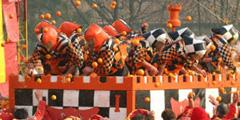 Апельсиновые бои привлекают туристов в Италию