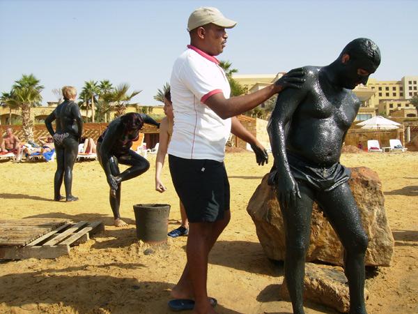 Лечебные грязи - для омоложения / Фото из Иордании