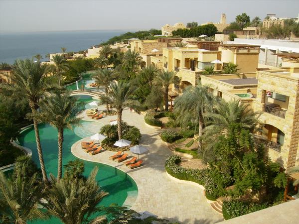 Гостиничный комплекс на берегу Мертвого моря / Фото из Иордании