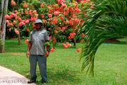 Садовник по имени Shorty / Ямайка