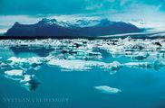 Ледяная лагуна около ледника / Исландия
