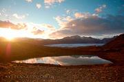 Закат солнца в горах / Исландия