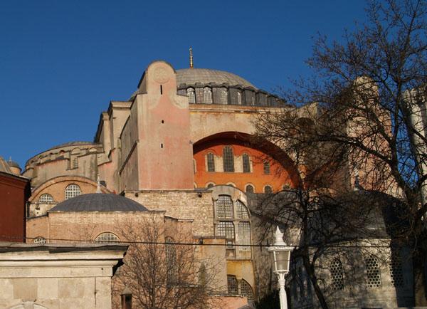 Сложная конструкция Айя-Софии / Фото из Турции