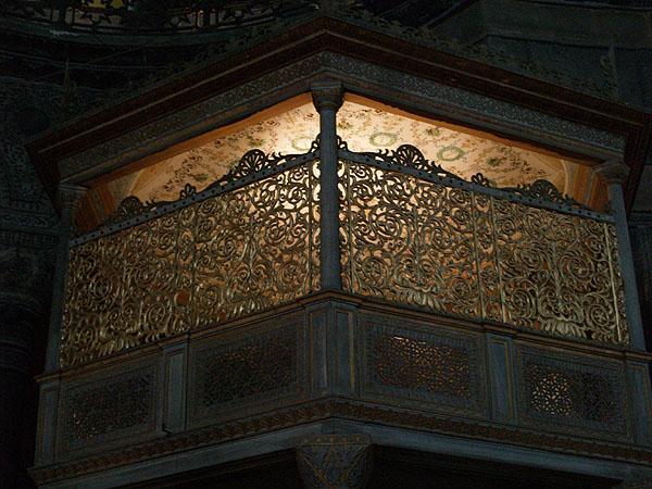 Балкон для шахских молитв / Фото из Турции