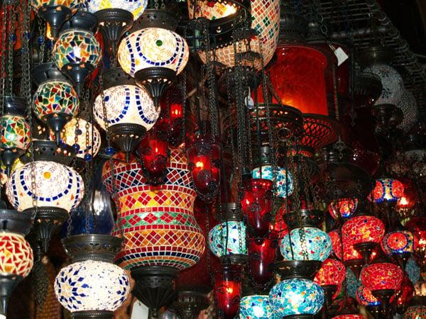 Лампадки из цветного стекла / Фото из Турции