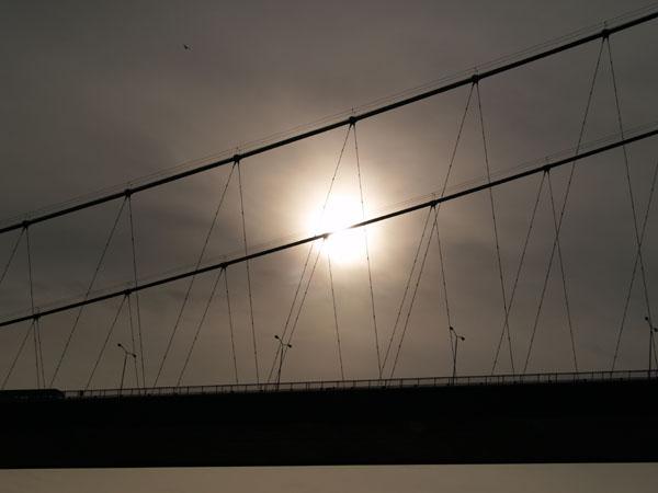Легковесная конструкция Босфорского моста / Фото из Турции