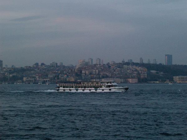 Круизный кораблик / Фото из Турции