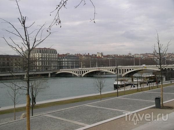 Набережная Роны / Фото из Франции