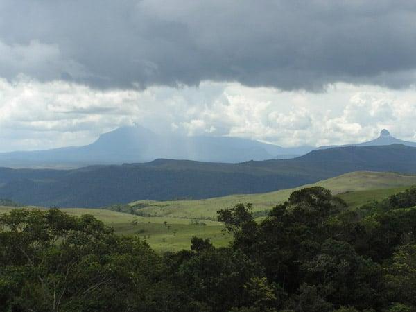 Захватывающие виды открываются с Рораймы / Фото из Венесуэлы