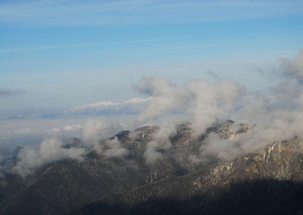 Горные вершины в облаках, Словакия / Фото из Словакии