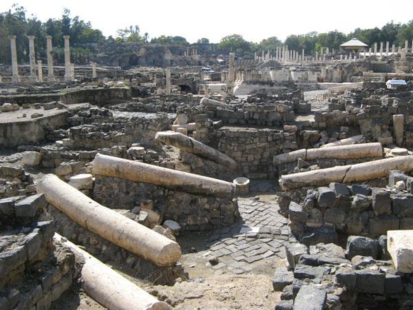 Бейт-Шин, развалины Старого города / Фото из Израиля