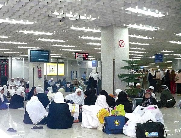 Аэропорт Дамаска: ожидание / Фото из Сирии