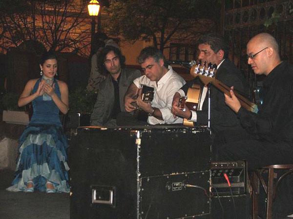 Музыканты на Пласа-Доррего / Фото из Аргентины