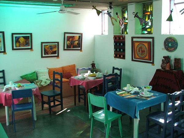"Кухня хостела ""Санданзас"", Буэнос-Айрес / Фото из Аргентины"