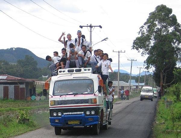 На острове Самосир / Фото из Индонезии