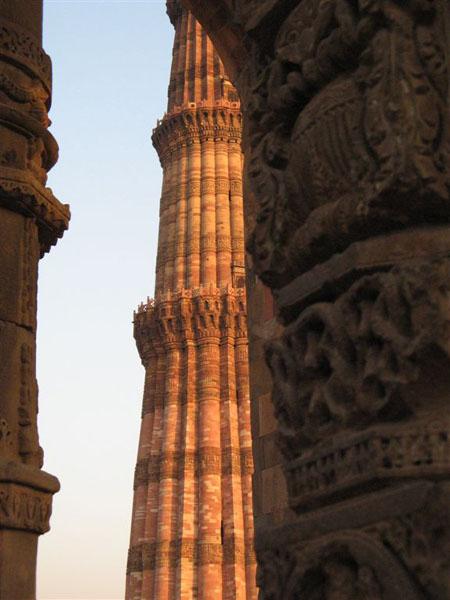 Вид на Кутб-Минар, Дели / Фото из Индии