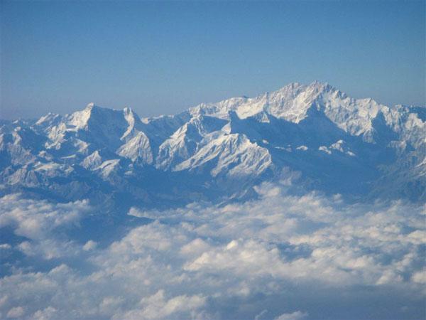Вид на вершины Гималаев  / Фото из Индии