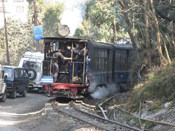 Запоминающаяся поездка по узкоколейке / Фото из Индии