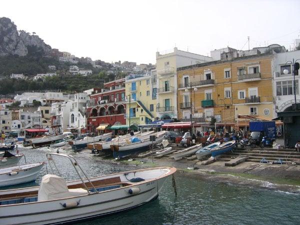 Набережная Капри / Фото из Италии