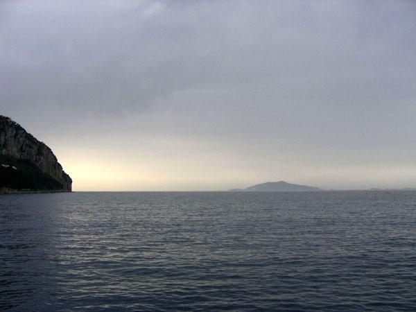 Неласковое Тирренское море / Фото из Италии