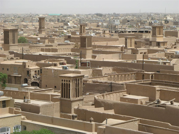 Башни-бадгиры, прадедушки кондиционеров / Фото из Ирана