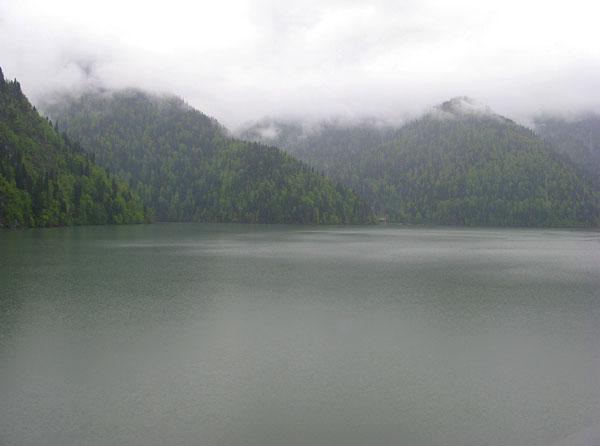 Прекрасный вид на озеро, Абхазия / Фото из Абхазии