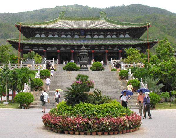 Буддийский храм, комплекс Наньшань / Фото из Китая