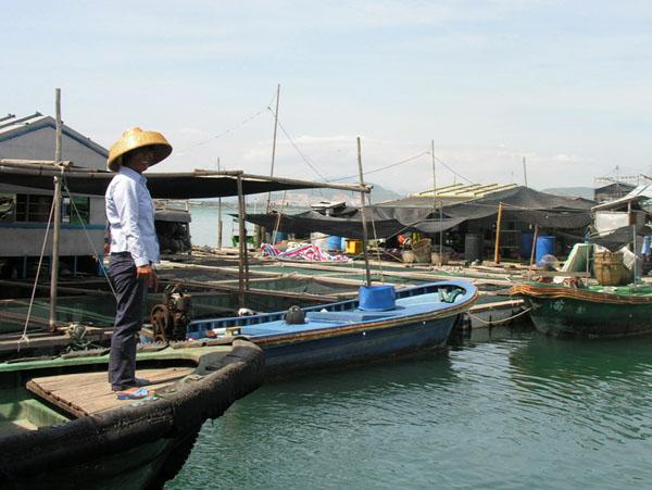 Жизнь на воде - как столетия назад... / Фото из Китая
