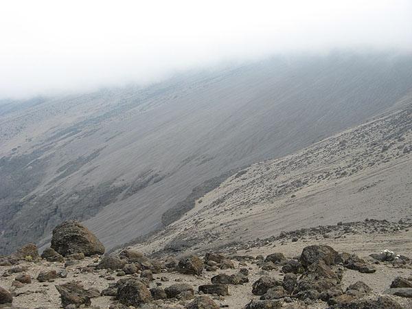 Пустыня на высоте 4500 метров / Фото из Танзании