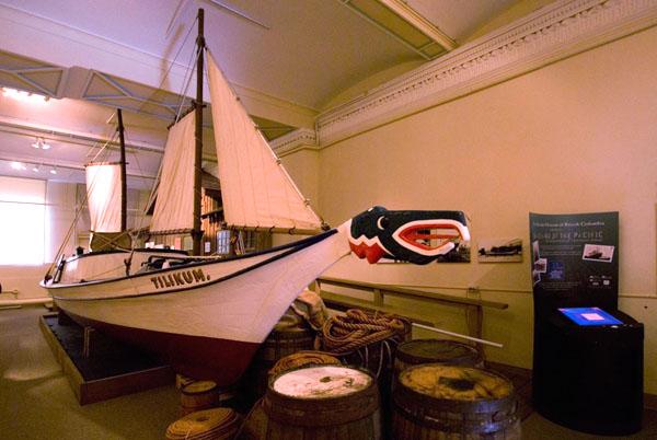 "Лодка ""Тиликум"" в морском музее, Виктория / Фото из Канады"