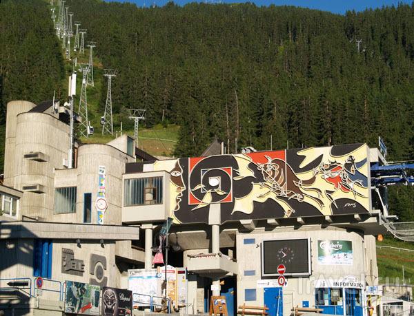 Высокохудожественный подъемник в Вербье / Фото из Швейцарии