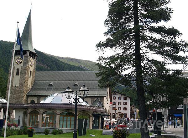 Городская ратуша в Церматте / Фото из Швейцарии