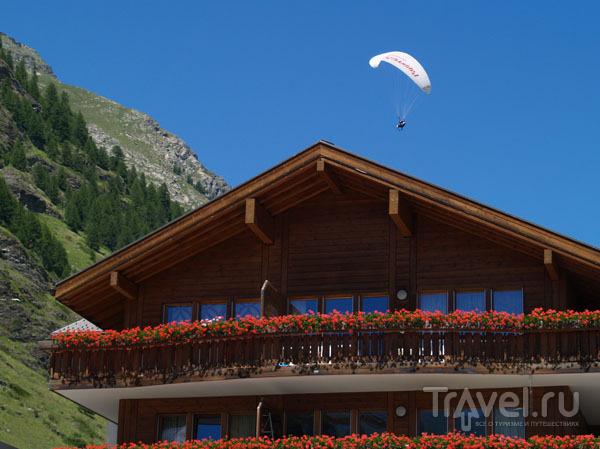 Параплан над Церматтом / Фото из Швейцарии