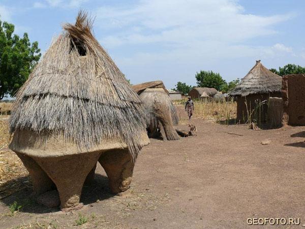 Деревенька на севере Бенина / Фото из Бенина