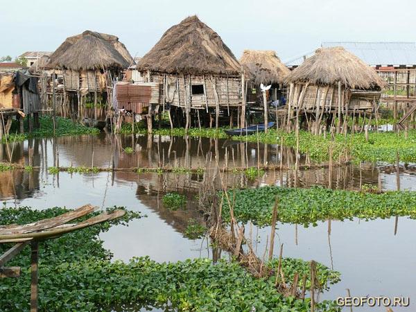 Рыбацкая деревня Ганвье / Фото из Бенина