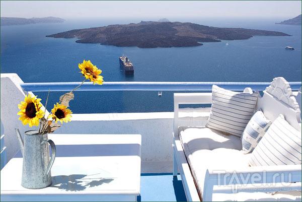 Одна из многочисленных таверн в Тире / Фото из Греции