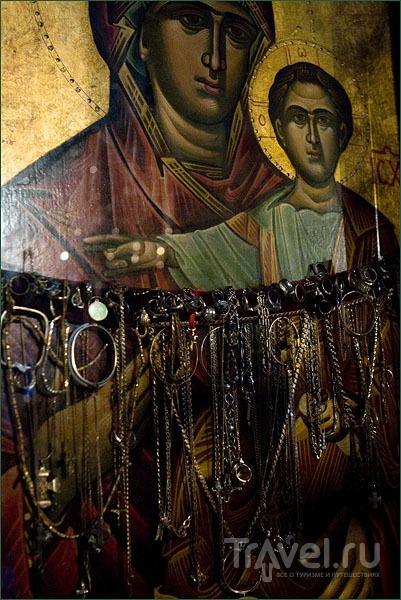 Икона в церкви Эпископи-Гониас / Фото из Греции