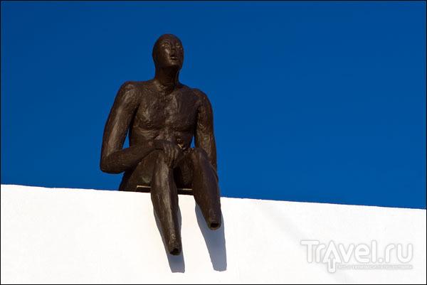 Городская скульптура в Ие / Фото из Греции